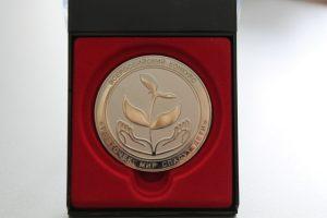 медаль 009